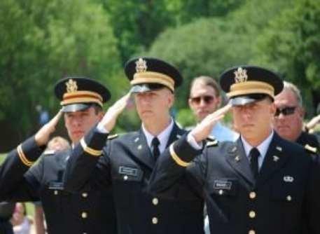 Graduation rotc may2012 382